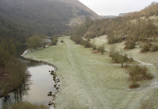 The view from the Monsal viaduct in the snow of January 3rd 2008